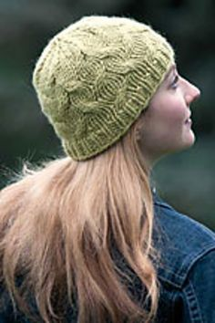 Ravelry: Shadow Tuque pattern by Lee Juvan