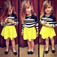 El nuevo vestido de la muchacha traje de estilo Europeo camisa a rayas + amarillo falda de encaje de dos piezas