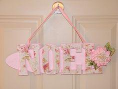 NOEL Shabby Chic Rose Door Hanger