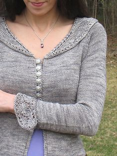 Daydream Believer sweater pattern on Ravelry by Mary Annarella (Lyrical Knits) Weaving Patterns, Knitting Patterns, Knitting Designs, Pullover, Knit Cardigan, Black Cardigan, Knitting Projects, Couture, Knitwear