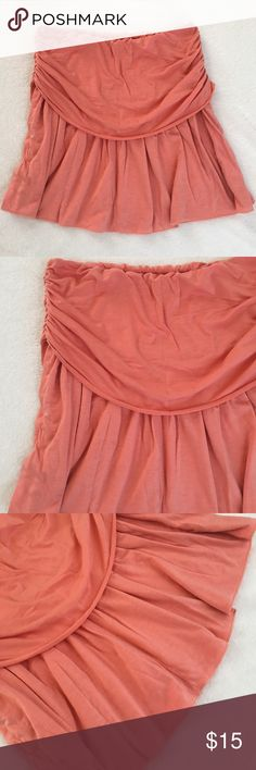 Pretty Coral Skirt Pretty Coral Skirt. Gently worn. 47% polyester, 47% rayon, 6% spandex. Fast shipping! Lux Skirts