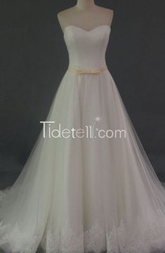 New A-line Tulle Sweetheart White Appliqued Long Wedding Dresses with Sash