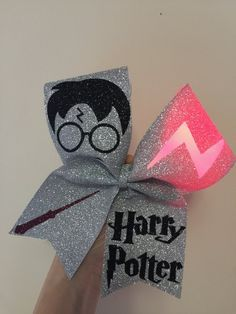 Harry Potter Light Up Scar Cheer Bow Full Glitter - Rose Glitter - Cute Cheer Bows, Cheer Hair Bows, Cheer Mom, Diy Hair Bows, Big Bows, Cheer Stuff, Harry Potter Light, Harry Potter Theme, Harry Potter Hairstyles