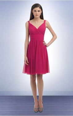Favodresses.com+is+a+professional+women's+dresses+online+shop,where+you+can+find+your+favourite+Pleated+A-line+Knee-length+Shoulder+Straps+Dress