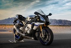 Motorcycles desktop wallpapers Yamaha YZF-R1M - 2015