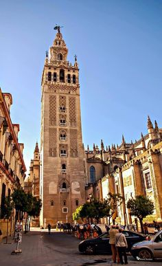 La Giralda, Seville Formerly a minaret, now a bell tower to Seville Cathedral. Climb to the top for views over Seville Seville Spain, Country Scenes, Cadiz, Adventure Awaits, Places To Go, Beautiful Places, Europe, City, Building