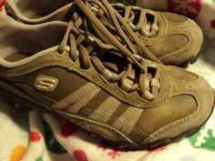 SKECHERS size 7 womens new condition