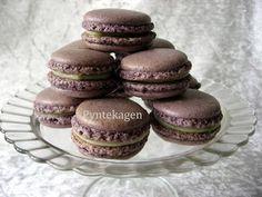 PynteKagen. Blueberry macaron with lime ganache
