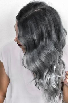 Diy hair color luxury silver ombre hair dye tutorial with overtone hair. Diy Ombre Hair, Ombre Hair At Home, White Ombre Hair, Silver Ombre Hair, Dyed Hair Ombre, Ombre Hair Color, Blonde Ombre, Hair Color Balayage, Pink Hair