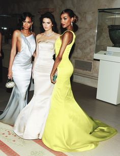 Your source for photos and the latest update of Kendall Jenner! Couture Fashion, Runway Fashion, High Fashion, Fashion Show, Kendall Jenner, Kylie, Bruce Jenner, Kris Jenner, Chanel Iman