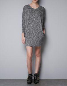 T-SHIRT DRESS 299 zara