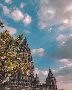 "YURI K   Lifestyle Blogger on Instagram: The ancient Prambanan Temple 😙        . #prambanan #prambanantemple #unescoworldheritage #travelootd  #Safarilook #templesoftheworld…"""