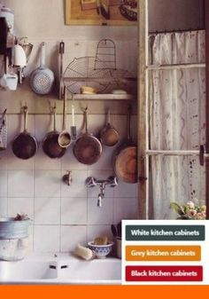 Dream house inspiration in 9 beautiful photos – rustic home interior Parisian Kitchen, Rustic Kitchen, Kitchen Decor, Cozy Kitchen, Kitchen Corner, French Kitchen, Country Kitchen Designs, Modern Kitchen Design, Pan Storage