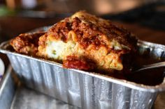 I'm sure everyone has his own favorite go-to lasagna recipe, but I'd just like to offer that this really is The Best Lasagna Ever. Part of its appeal is that the ingredients used are totally basic. I legit love this lasagna! Lasagne Roll Ups, Lasagna Rolls, Food Network Recipes, Cooking Recipes, Cooking Videos, Cannelloni, Freezer Meals, Freezer Lasagna, Freezer Cooking