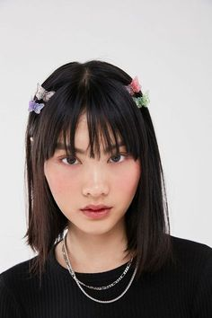 vintage hairstyles With Bangs - Vintage Butterfly Hair Clip Set Clip Hairstyles, Trending Hairstyles, Hairstyles With Bangs, Braided Hairstyles, Medium Hairstyles, Vintage Hairstyles, Casual Hairstyles, Latest Hairstyles, Short Haircuts