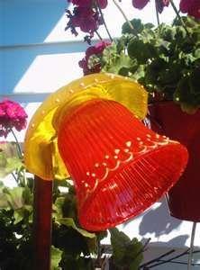 glass plate yard flower