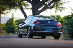 The Accord knows how to make a big entrance and an even bigger exit. So take it for a spin; it'll catch eyes wherever you take it.