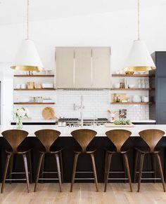 #OKLObsessed: Timeless Tuxedo Kitchens – One Kings Lane — Our Style Blog Kitchen Decor, Gold Kitchen, Open Kitchen, Kitchen Styling, Kitchen Dining, Kitchen Black, Country Kitchen, Kitchen Ideas, Open Shelves
