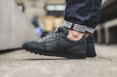 Nike Internationalist LX