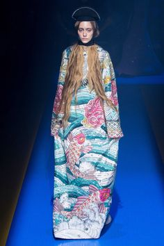 Gucci Spring 2018 Ready-to-Wear Fashion Show Collection