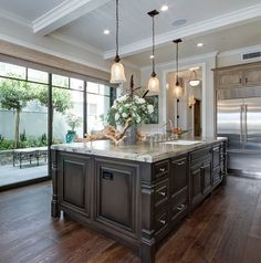 Glazed kitchen island~ lighting ideas and color scheme