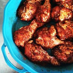 Eigenlijk is dit geen recept, maar een kruidenmengsel voor kip uit de oven. Simpel, snel en lekker. Ik gebruikte kippenpootjes omdat ik dat lekkerder vind. Pas alleen op met het zout, dat is snel te veel. Lekker is het zeker! (meer…)