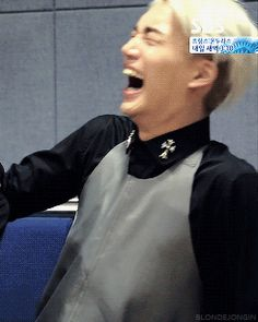 lol you can fit a whole chicken in that mouth when he laughs #kai