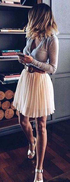 Women's fashion | Belted pastel pink pleated skirt with grey shirt