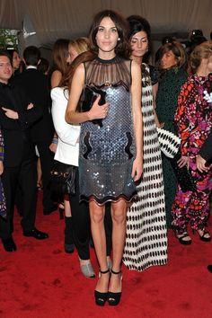 Alexa Chung con vestido de Christopher Kane.