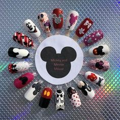 Nageldesign Mickey and Minnie Mouse - - Minnie Mouse Nails, Mickey Mouse Nails, Disney Mickey Mouse, Disney Acrylic Nails, Cute Acrylic Nails, Disney Nails Art, Disney Art, Disney Halloween Nails, Disney Christmas Nails