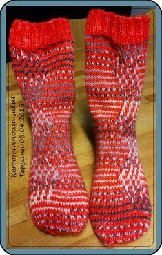 Kool Aid, Knitting Socks, Knit Socks, Mittens, Crochet Projects, Pattern, Hats, Fashion, Winter