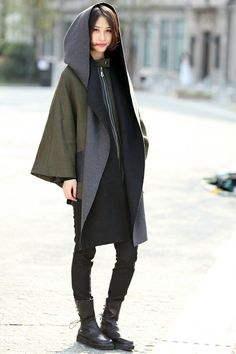 Modern, Insane Cyberpunk Hair, futuristic fashion, cyber fashion, futuristic look Japanese Fashion, Modern Fashion, Look Fashion, Winter Fashion, Fashion Outfits, Womens Fashion, Fashion Design, Fashion Trends, Modern Japanese Clothing