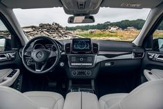 What a Panorama! . Photo by @basfransenphotography . #GLS #MercedesBenz #TheBestOrNothing #offroad #fun #🚙 #💪 #😍 #🌳 #🐾 #carsofinstagram #instacars #intothewild #cockpit