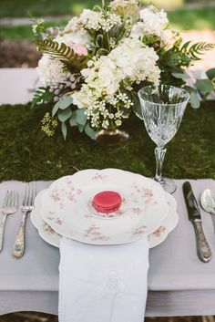 Event planning, styling, vintage items: McPherson Events & Design | Photography: Suzuran Photography | Inspiration: vintage, antique, boho, garden, eclectic, outdoor, rustic, chevron, handcrafted, artisanal, summer wedding, bridal shower