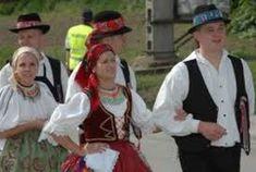 folk costumes with handkerchiefs images - Căutare Google Folk Costume, Costumes, Handkerchiefs, Google, Dresses, Fashion, Vestidos, Moda, Dress Up Clothes