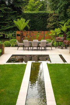 Backyard Water Feature, Ponds Backyard, Backyard Patio, Backyard Landscaping, Contemporary Water Feature, Contemporary Garden Design, Water Features In The Garden, Garden Features, Patio Interior