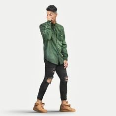Back 2 Basics Fashion Moda, Urban Fashion, Mens Fashion, Green Shirt Outfits, Cool Outfits, Men Street, Street Wear, Stylish Men, Men Casual