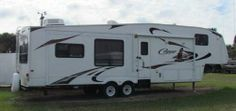2010, Keystone Cougar 326MKS Great Condition inside and out! Fiberglass exterior, Large rear window, center kitchen with island & tons of counter space & cabinets - See more at: http://www.rvregistry.com/used-rv/1004283.htm#sthash.v4rjpF4d.dpuf