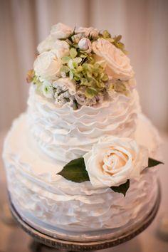 Wedding Cake   See the wedding on SMP:   Aura Marzouk Photography