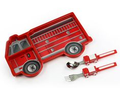 fire engine  divided plate set