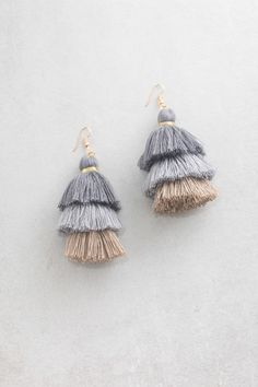 Oversized gray and tan tassel earrings perfect for and summer fling. Jewelry Box, Jewelery, Jewelry Accessories, Fashion Accessories, Fashion Jewelry, Pandora, Diamond Are A Girls Best Friend, Stylish Girl, Jewelry Organization