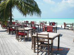 Restaurant Meeru Island Resort Visit Maldives, Maldives Travel, Maldives Trip, Maldives Destinations, Maldives Holidays, What A Beautiful World, Outdoor Furniture Sets, Outdoor Decor, Island Resort
