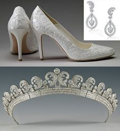 Shoes,earringsand tiara worn by the Duchess of Cambridge on her wedding day