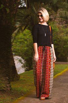 look-fernanda-rosa-calça-pantalona-hippie-estampada (4)