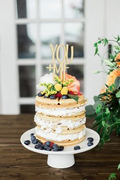 Ideas Bridal Party Cake Ideas Brunch Wedding For 2019 Wood Wedding Cakes, Wedding Cake Toppers, Waffle Cake, Glitter Cake, Glitter Bomb, Glitter Gel, Glitter Eyeshadow, Brunch Wedding, Fall Wedding