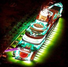 """@BoatShowAvenue: RT for a night like this!! #yacht #superyacht #luxury #lights "" #AffluentAttache #Sailor"