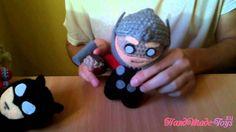 Batman vs Thor Handmade-toys.eu