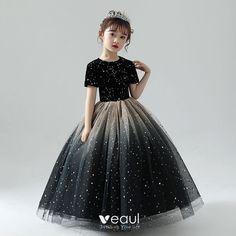 Kids Maxi Dresses, Hijab Wedding Dresses, Little Girl Dresses, Girls Dresses, Flower Girl Dresses, Pretty Dresses For Kids, Small Girls Dress, Mermaid Dress For Kids, Kids Gown