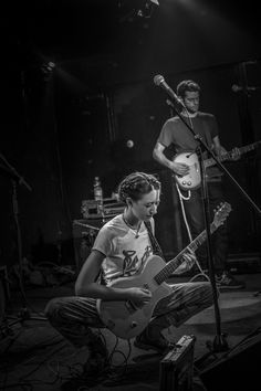 Frankie Cosmos (17.09.2016.) | Balkanrock.com Frankie Cosmos, Amazing Music, Print Ideas, Music Photo, Rock Music, Cool Bands, Digital Prints, Dancing, Public