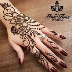 Simple Mehndi Design Images Gallery - Simple Mehndi Designs for Hands Images Easy to Draw for Beginner. new mehndi design that suitable for beginner Mehndi Design Photos, Mehndi Designs For Fingers, Beautiful Mehndi Design, Modern Mehndi Designs, Henna Tattoo Designs, Mehandi Designs, Arabic Henna Designs, Best Henna Designs, Simple Henna Designs